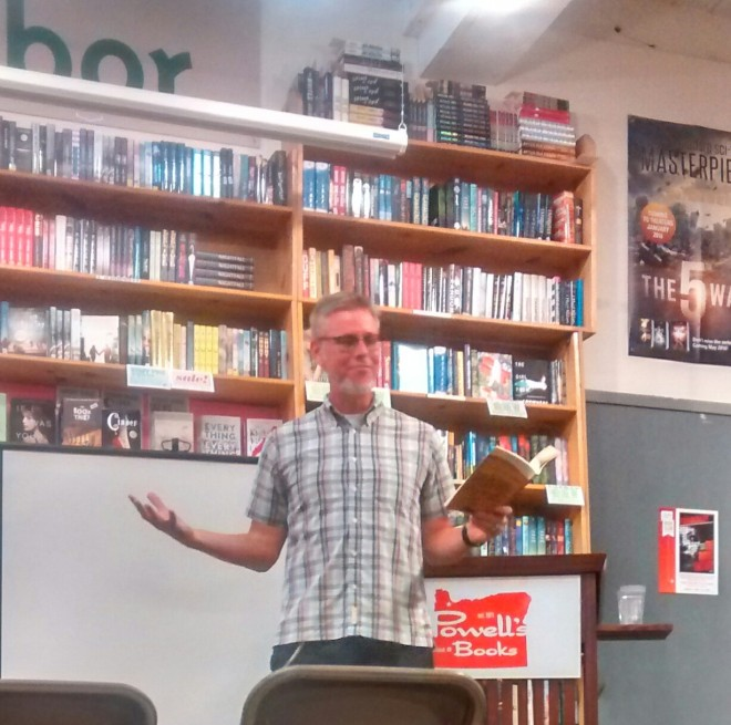 Tour 2016_Reading at Powells